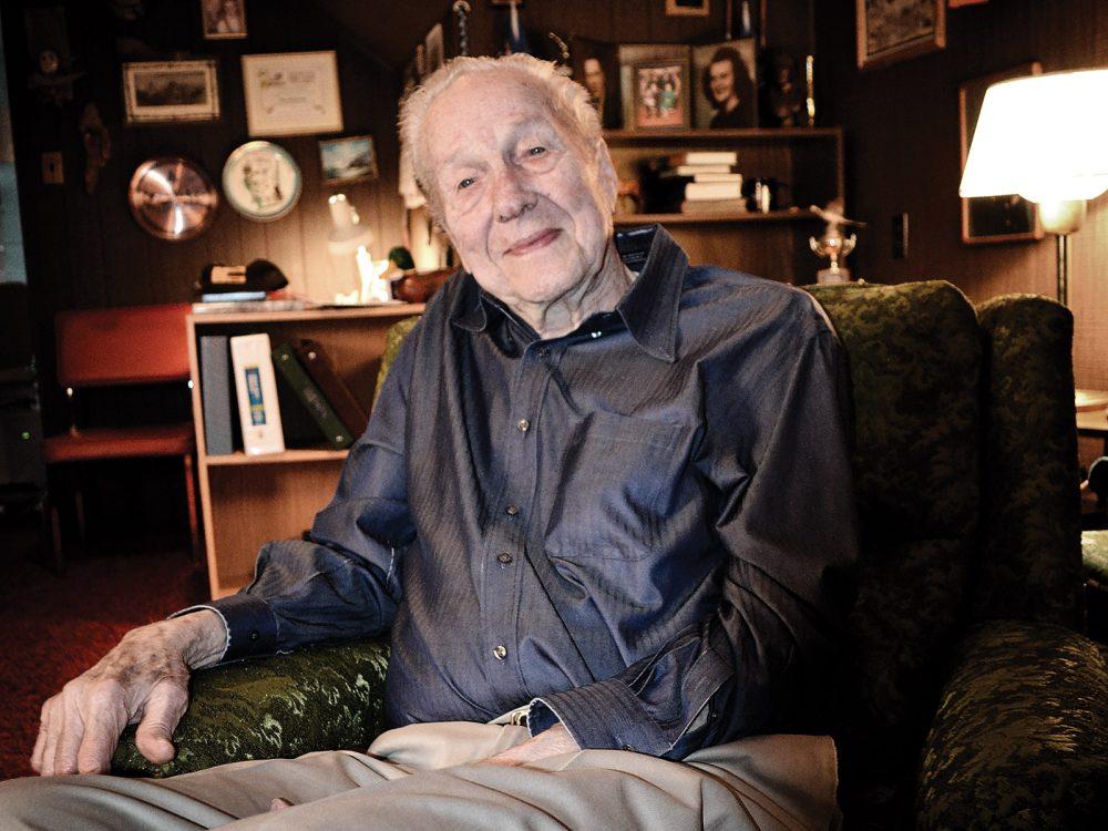 Glen Michelson, 94 ans, se rappelle l'époque où il était Keeman de CIC; il a commencé à jouer ce rôle de bénévole en 1939.
